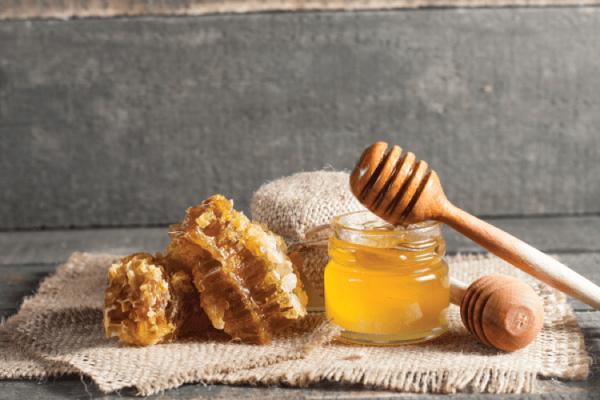 trị sẹo bằng mật ong