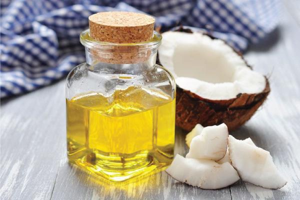 Giảm và ngăn ngừa tàn nhang với mặt nạ dầu dừa