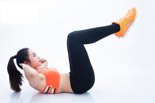 Bài tập gập bụng nâng cao chân