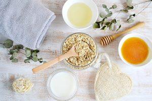 Yến mạch, sữa, mật ong