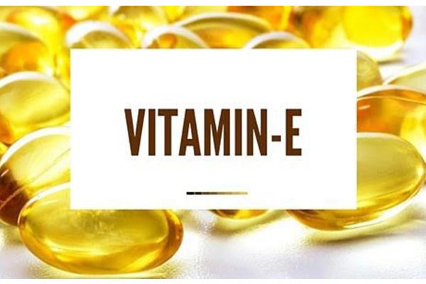 Cách trị tàn nhang tại nhà với vitamin E